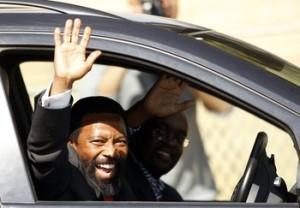 AbaThembu King Buyelekhaya Zwelibanzi Dalindyebo waves to journalists as he arrives at the Medi-Clinic Heart Hospital in Pretoria