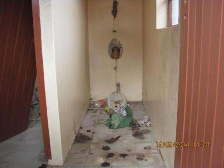 Public toilets at Kabeljous