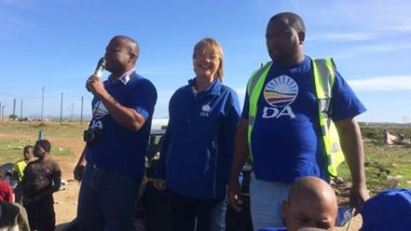 DA candidates Bryan Ndlulu, Elza Van Lingen and Robin Jantjies at a street meeting in Ocean View
